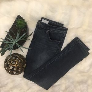 Lou & Grey Relaxed Skinny Jeans Size 26
